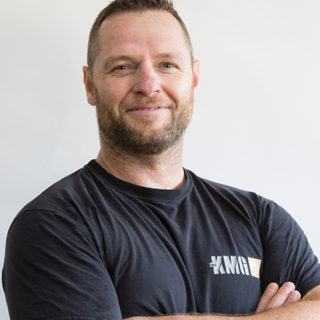 https://www.kravmaga.be/wp-content/uploads/2019/11/Manu-Lienard-320x320.jpg