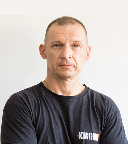 https://www.kravmaga.be/wp-content/uploads/2019/11/Piotr.jpg